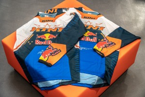 KINI Red Bull Competition Jersey Set Navy/Orange